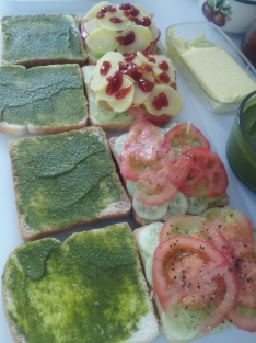 16Vegetable Sandwich Step2 5Jul15