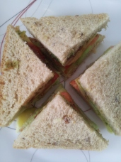 16Vegetable Sandwich Step3 5Jul15