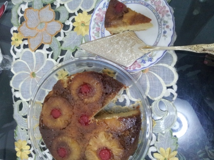 Pineapple upside down cake (19)