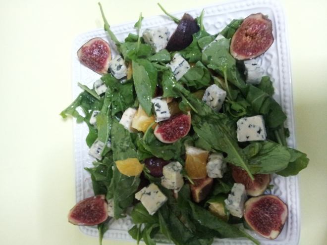 Fig & Orange salad with Blue cheese (1)
