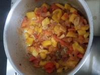 Tagliatelle with salami & capsicum (12)