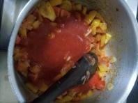 Tagliatelle with salami & capsicum (13)