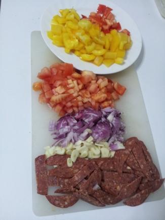 Tagliatelle with salami & capsicum (4)