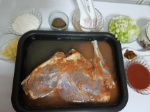lamb-leg-in-peppery-gravy-7