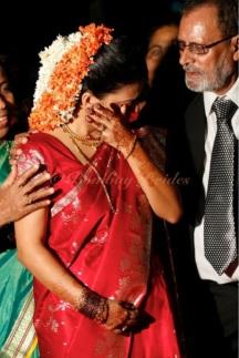 Oupsun Bombay brides.comphoto-8-11-12-9-34-22-pm